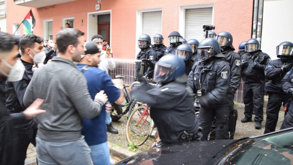 pro-palästinensische Demo, Israel, Antisemitismus, Polizei