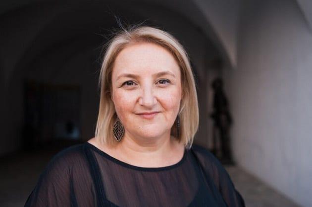 Leanne Rhodes