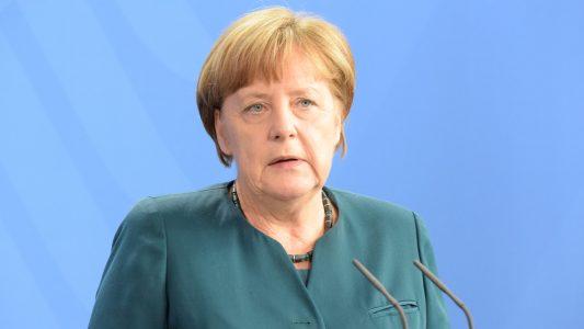 Unter Kanzlerin Angela Merkel (CDU) bleibt das Existenzrecht Israels weiterhin Staatsräson (Archivbild)