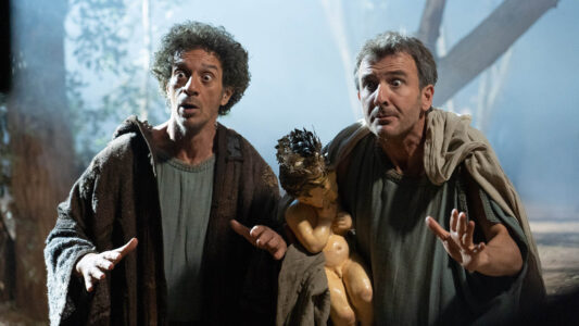 """In der italienischen Komödie """"Once upon a time in Bethlehem"""" stolpern zwei Männer durch das Bethelehem zur Zeit der Geburt Jesu"""