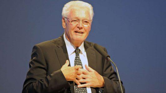 Ulrich Parzany evangelisierte viele Jahre mit ProChrist, war CVJM-Generalsekretär und leitet nun das Netzwerk Bibel und Bekenntnis