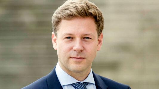 Helge Fuhst ist Zweiter Chefredakteur von ARD-aktuell, der zentralen Fernsehnachrichtenredaktion der ARD