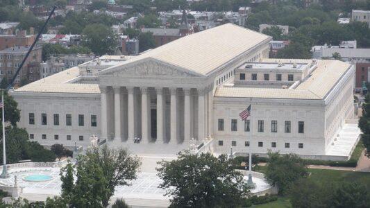Die Richter des Supreme Courts in Washington haben den Weg für eine Klage gegen ein Evangelisationsverbot am Universitätscampus freigemacht