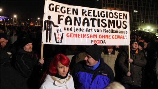 Der Pegida-Bewegung werden radioThema über den