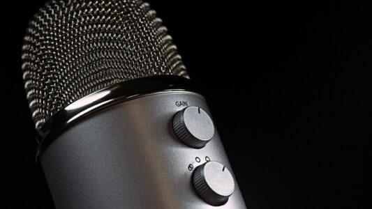 In Nigeria ist das Radiomedium in weniger entwickelten Gebieten immer noch die am weitesten verbreitete Nachrichtenquelle